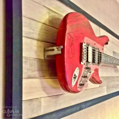 Guisplay Horizontal Wall Hanger Guitar Display Stand Stratocaster Palette 2(watermarked)